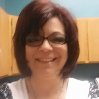 Suzanne, 52 from Roseville, MI