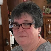 Julie, 66 from Houghton Lake, MI