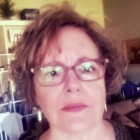 Therese, 57 from Medford, OR