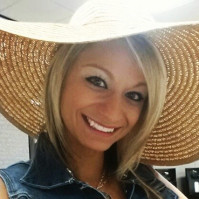 Brittany, 27 from Grosse Ile Township, MI