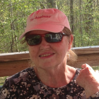 Maura, 67 from Madison, CT