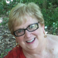 Jeanne, 69 from Cape Girardeau, MO