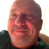 Tom, 60 from Milwaukee, WI