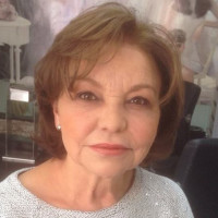 Ines, 62 from Bogota, CO