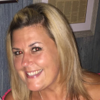 Elizabeth, 36 from Chicago, IL