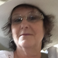 Ellen Dee, 62 from Warrenton, VA