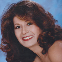 Doris, 58 from Menifee, CA