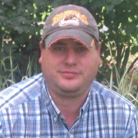 Mark, 35 from Silverton, OR