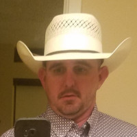 Clay, 37 from Victoria, TX